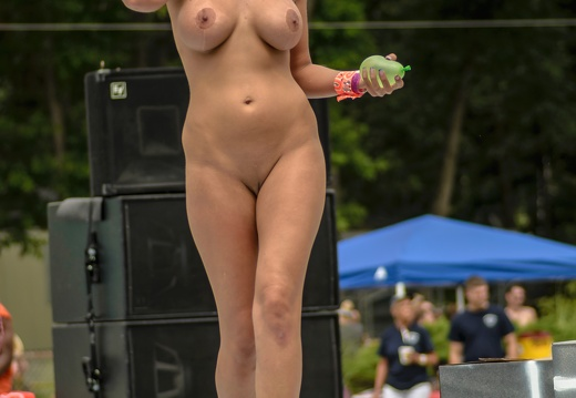 Nudes-a-poppin (184 of 300)